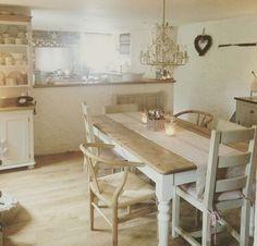 Shabby and Charme: Un piccolo e romantico cottage nella campagna inglese
