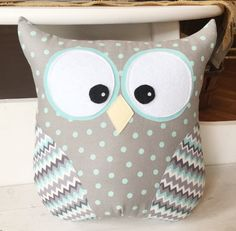 Owl pillow by Loveoffamilyandhome on Etsy