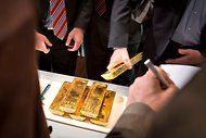 Germany to Move 674 Tons of Gold - NYTimes.com