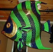 Fish sculpture from papier mache' – 2019 – Paper ideas - Adventskranz Selber Machen Paper Mache Clay, Paper Mache Sculpture, Fish Sculpture, Clay Art, Art Wall Kids, Art For Kids, Kirigami, Paper Mache Animals, Clay Fish
