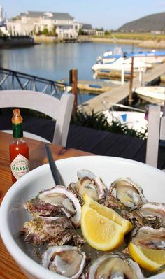 oysters in Cape Town! I've never had oysters and what a better place to try them! Local Seafood, Fish And Seafood, Oyster Festival, Restaurants, Knysna, Cape Town South Africa, South African Recipes, Out Of Africa, Wine Recipes