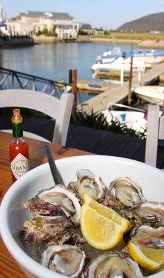 Oysters in Cape Town www.oesterkoning.nl De Oesterkoning komt graag op uw feest oesters € 2,10. guido@oesterkoning.nl 0031 ( 0) 0644538529