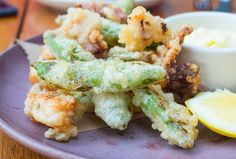 Fried calamari, snap peas, lemon maionese