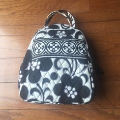 Vera Bradley Lunch bag  Used few times! Very good condition. Isolated inside perfect for lunches, baby bag, picnics or other occasions! Doesn't look like lunch bag so can be used a small tote too! Very small stain on top can be cleaned though! Vera Bradley Bags