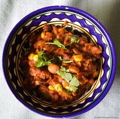 """Classic"" Chili - classic flavors with a healthy boost Chili Recipes, Chana Masala, Food For Thought, Tasty, Dinner, Cooking, Healthy, Classic, Ethnic Recipes"