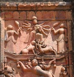 A scene from the epic Ramayana where Hanuman, the monkey Lord is carrying Lord Rama & Lakshmana on his shoulder & at the same time carrying Goddess Durga with his hands. Another scene from Ramayana where Lakshmana is severely wounded in the battle. King Ravana, Hindu Statues, Hindu Dharma, Hanuman, Durga Maa, Goddess Lakshmi, Animal Design, Floral Motif, Indian Art