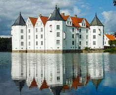 Glücksburg Castle is one of the most important Renaissance castles in northern Europe. It is the seat of the House of Schleswig-Holstein-Sonderburg-Glücksburg and was also used by the Danish kings. Situated on the Flensburg Fjord the castle is now a museum owned by a foundation.