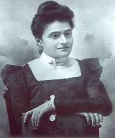 O feminino na História de Portugal: Domitila de Carvalho (1871-1966)