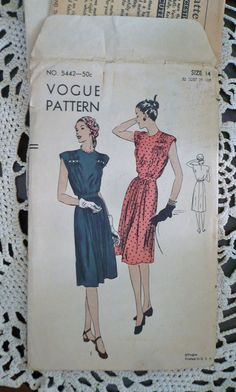 1940s Vogue Vintage Sewing Pattern 5442 Dinner Dress Couturier Construction 1940s Size 14 Bust 32 Uncut
