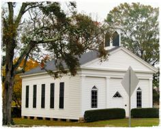I LOVE taking pictures of country churches like this old Presbyterian church in Keatchie, Louisiana.