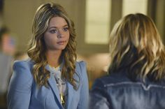 10 Burning Questions From Pretty Little Liars Season 5, Episode 6