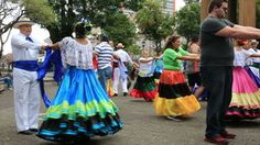 Gatan dansar i San Jose, Costa Rica arkivfilmer