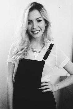 Gemma has such a nice smile. I love it :) Dimplesssss