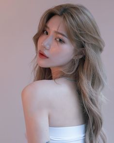 Korea Hair Color, Hair Color Asian, Ombre Hair Color, Pelo Ulzzang, Ulzzang Hair, Korean Ulzzang, Estilo Beatnik, Medium Hair Styles, Curly Hair Styles