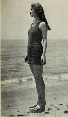 Dolores Costello Looks Vintage, Vintage Love, Vintage Beauty, Vintage Images, Vintage Ladies, Vintage Fashion, Vintage Pictures, Silent Film Stars, Movie Stars