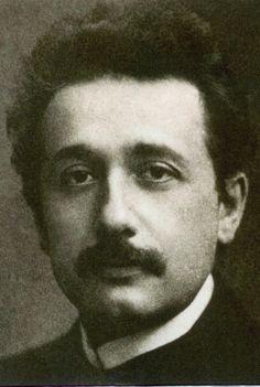 A Very Youthful Albert Einstein http://alberteinsteinpictures.net/youth-albert-einstein.jpg