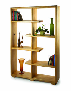 For sturdy, attractive and affordable material to build these shelves, bypass the fancy stuff at the front of your local home center and head for the back where they keep the lumber intended for use… Green Woodworking, Popular Woodworking, Fine Woodworking, Woodworking Projects, Easy Projects, Home Projects, Contemporary Shelving, Machining Process, Woodworking Magazine