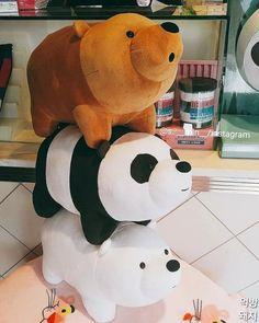 Bear plushies that are in harajuku shop Japan Kawaii Plush, Cute Plush, Kawaii Cute, Cute Stuffed Animals, Dinosaur Stuffed Animal, Cartoon Network, We Bare Bears Wallpapers, We Bear, Bear Wallpaper