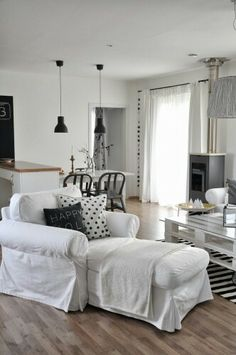Beautifil white interior with Nordic fusion