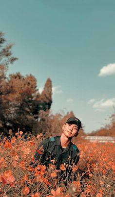 artistic groove — key lockscreens!!! please like or reblog if you... Kim Minseok, Kim Kibum, Shinee Jonghyun, Minho, Key Shinee, Changmin The Boyz, Programa Musical, Love Sick, Aesthetic Pastel Wallpaper