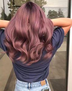 Lavender Hair Colors, Hair Color Purple, Cool Hair Color, Dark Pink Hair, Creative Hair Color, Hair Dye Colors, Purple Hair Highlights, Hair Streaks, Color Streaks