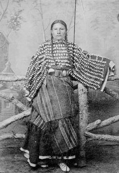 Black Short Nose's daughter- Cheyenne, 1890