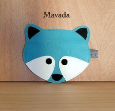 Porte-monnaie Mavada dont le gabarit est offert ici: https://www.facebook.com/groups/250846465040540/