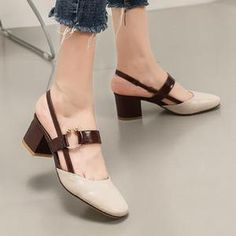 High Heels 4 34 Small Size Slingback Vintage Strap Brown Pumps Square Toe Low Thick 2017 Women Shoes European Casual Traditional How should the right shoe High Heel Pumps, Platform Pumps, Women's Pumps, Pump Shoes, Shoes Heels, Fashion Magazin, Buy Shoes Online, New Shoes, Casual Shoes