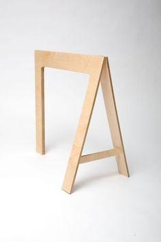 tréteau / pied pour table
