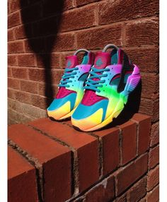 Nike Air Huarache Run Rainbow Blue Purple Hyper Pink Trainer Very light, very sensitive, very fine workmanship, welcome to our store to buy.