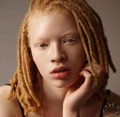 Food and drink Food and drink. 104 Ways to Style Your Dreadlocks In Locs, Sisterlocks, My Black Is Beautiful, Beautiful People, Nattes Twist Outs, Curly Hair Styles, Natural Hair Styles, Natural Beauty, Coiffure Hair