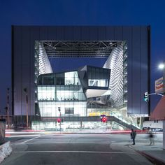 Morphosis Architects: Emerson College
