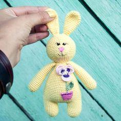 Amigurumi rabbit baby rattle 1