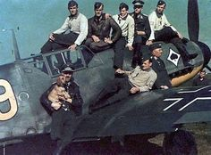 Bf 109 F and pilots.