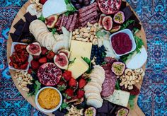 A Pair & A Spare | How to Create a Seriously Delicious (& Instagramable) Platter