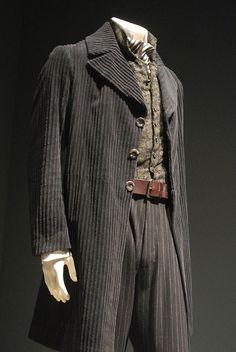 "Robert Downey's costume in ""Sherlock Holmes"""