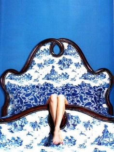 I love my colbalt blue toile bed so much I think I'll stay here all day.......................... Sweet Dreams, Ana Rosa, We Heart It, Couch, Black And White, Legs, Furniture, Home Decor, Bedrooms