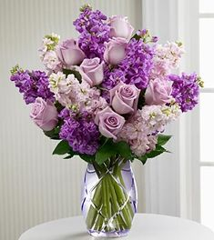These are so pretty.  I would about die if I came home to this bouquet. Want want want