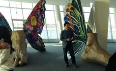 거대한 나비가 걷어 올리는 '희망 그물' ⇨ 설치미술가 김홍년 작가