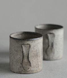 Ceramics by Takashi Endo Pottery Mugs, Ceramic Pottery, Pottery Art, Thrown Pottery, Slab Pottery, Japanese Ceramics, Japanese Pottery, Rustic Ceramics, Ceramic Cups