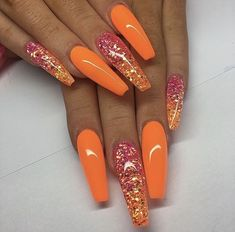 Acrylic Nails Acrylic orange coffin nails designs are so perfect for fall! Hope they can inspi. Acrylic orange coffin nails designs are so perfect for fall! Hope they can inspire you and read the article to get the gallery. Hot Nails, Hair And Nails, Acrylic Nail Designs, Nail Art Designs, Orange Nail Designs, Orange Design, Manicure E Pedicure, Nagel Gel, Gold Nails
