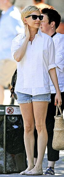 100 Inspirations   celebrity style for less all at or around $100: Michelle Williams Look for Less < $125