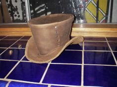 Google Image Result for http://www.instructables.com/image/FBTQF5KG6MPQE94/Leather-Steampunk-Top-Hat.jpg
