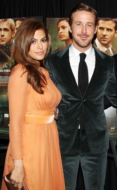 Contrary to reports, Ryan Gosling and Eva Mendes aren't newlyweds.