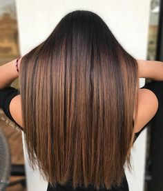 Long Wavy Ash-Brown Balayage - 20 Light Brown Hair Color Ideas for Your New Look - The Trending Hairstyle Ombre Hair Color, Hair Color Balayage, Brown Hair Colors, Balayage Hairstyle, Caramel Hair Highlights, Brown Hair With Highlights, Caramel Balayage, Fall Highlights, Hair Color Caramel