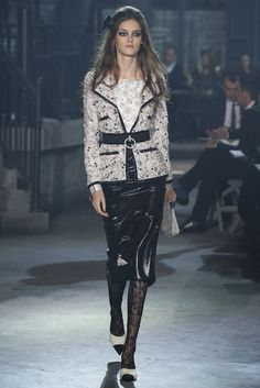 Chanel, Look #17