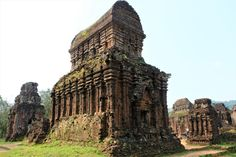 My Son, serene Vietnamese Hindu temples ~ Batnomad My Son Temple, Temple Ruins, Hindu Temple, Khmer Empire, Valley Of The Kings, Archaeological Site, 14th Century, Beautiful Places To Visit