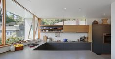Main Street House - modern - kitchen - seattle - SHED Architecture & Design Beautiful Kitchens, Cool Kitchens, Laminate Cabinets, Gray Cabinets, Wall Cabinets, Upper Cabinets, Architecture Design, Seattle Homes, Seattle Usa