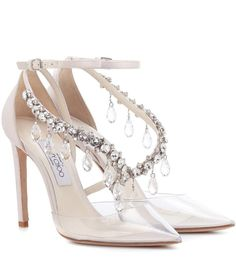 Jimmy Choo x Off-White Victoria 100 Embellished Satin Pumps choo wedding shoes Jimmy Choo x Off-White Victoria heels Look Fashion, Fashion Models, Fashion Shoes, Fashion Beauty, Celebrities Fashion, Fashion Designers, Runway Fashion, Fashion Trends, Satin Pumps