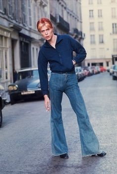 Bowie called Andrew Kent to his hotel suite at L'Hotel in Paris for an impromptu photo shoot in the street outside